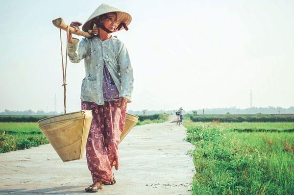 travel health Vietnamese woman