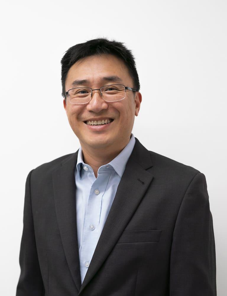 Dr Ian Cheung